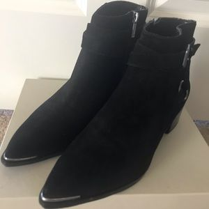 NWB Marc Fisher Black Suede Ankle Booties Size 7